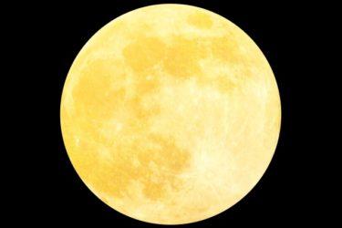 月と地球と太陽と